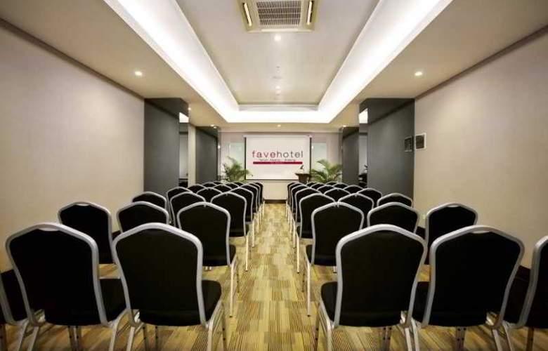 Favehotel Tanah Abang Cideng - Conference - 11