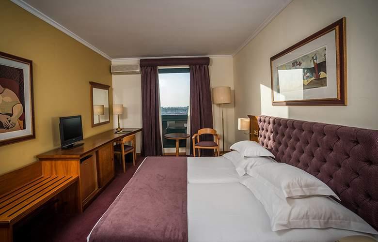 Vila Gale Porto - Room - 2