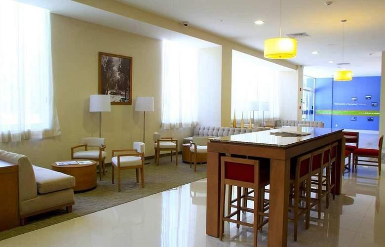 Hampton Inn By Hilton Guadalajara - Expo - General - 12