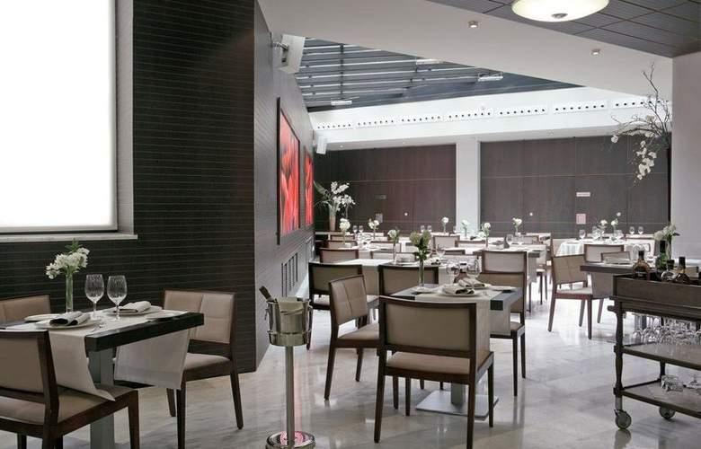 Paseo del Arte - Restaurant - 23