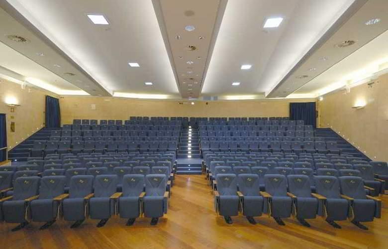 Laurus Al Duomo - Conference - 22