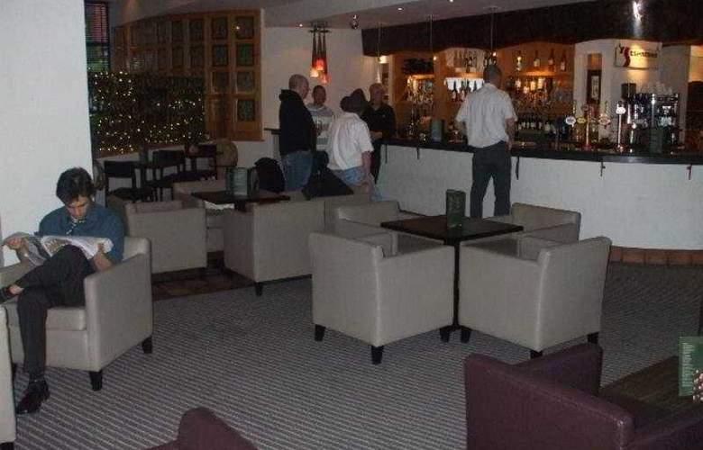 Seralago Hotel & Suites Main Gate East - Bar - 8