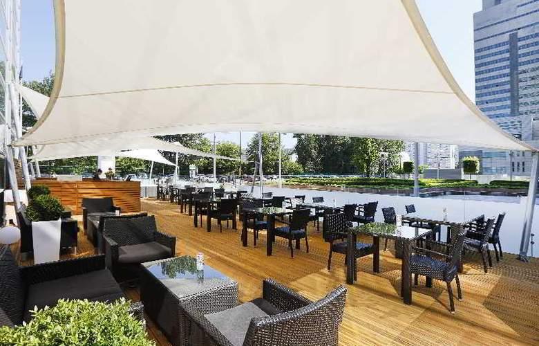 Hilton Warsaw - Terrace - 21
