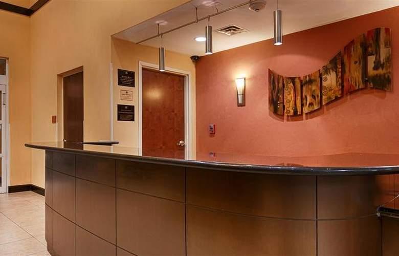 Best Western Plus Cecil Field Inn & Suites - Hotel - 30