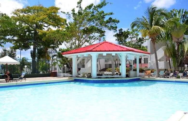 Simpson Bay Beach Resort and Marina - Pool - 26