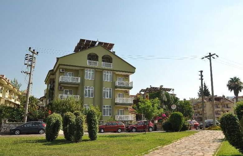 Club Ege Apart Hotel - Hotel - 2