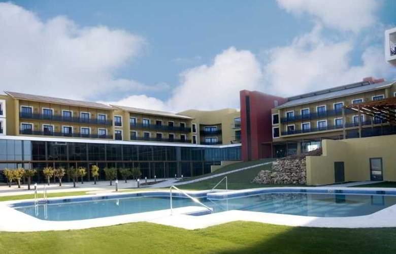 Ciudad de Lucena - Pool - 1