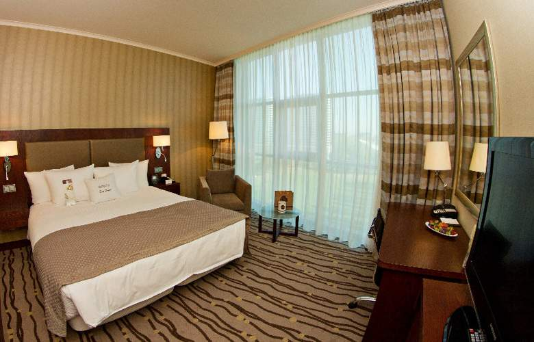 DoubleTree by Hilton Hotel Bratislava - Room - 14