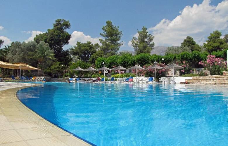 Holidays Inn Evia - Pool - 6