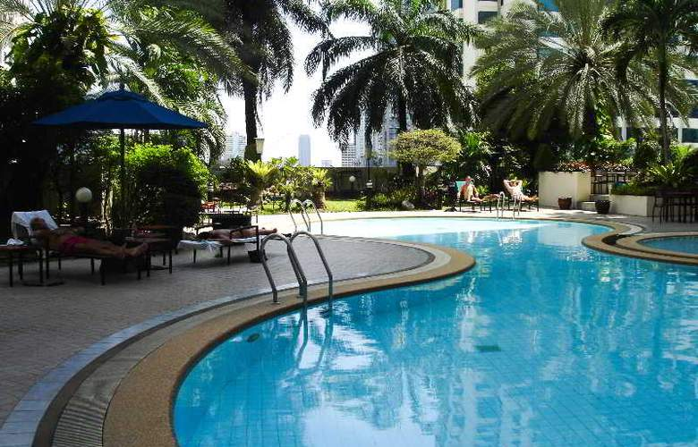 Rembrandt Towers Serviced Apartment - Pool - 10