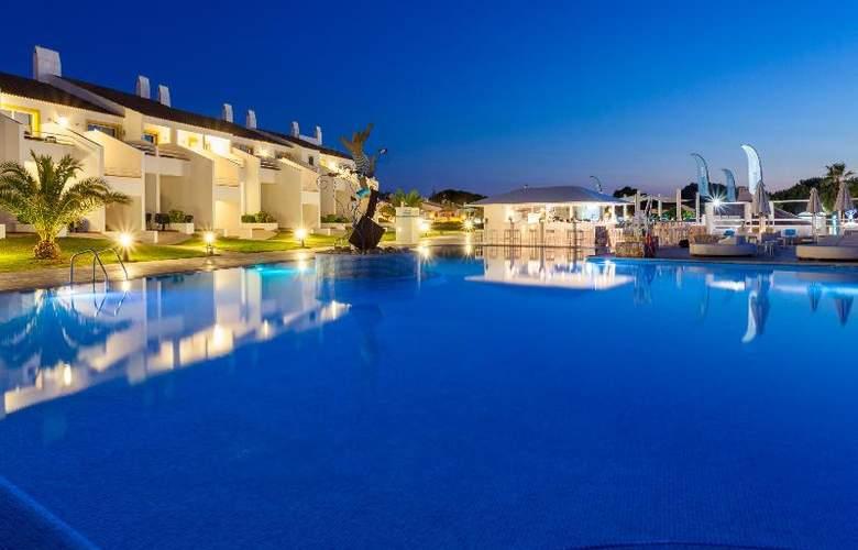 Casas del Lago Hotel, Spa & Beach Club - Pool - 4