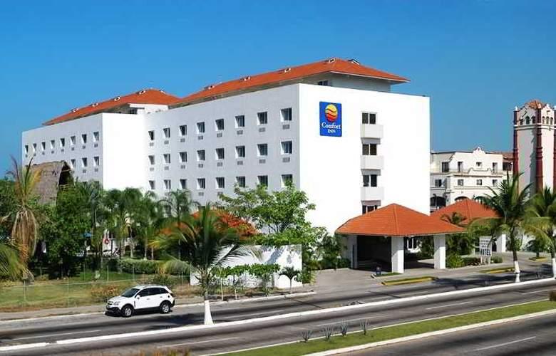 Comfort  Inn Puerto Vallarta - Hotel - 13
