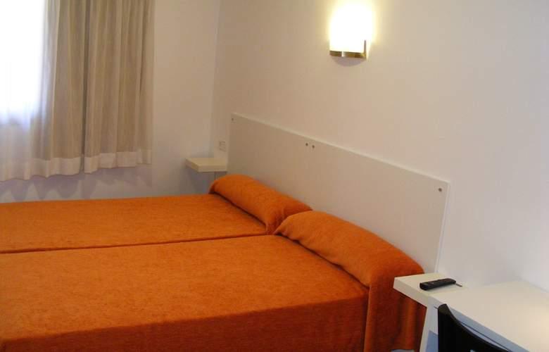 Catalunya Express - Room - 7