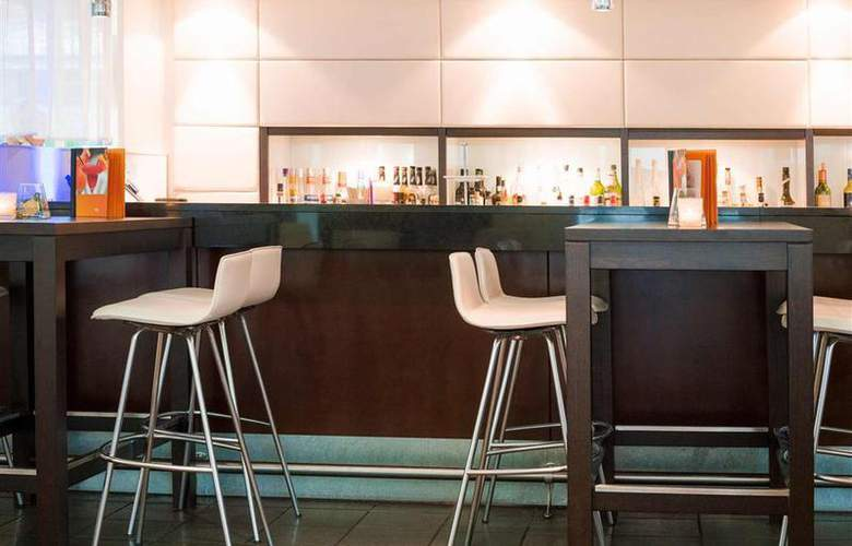 Novotel Koeln City - Bar - 34