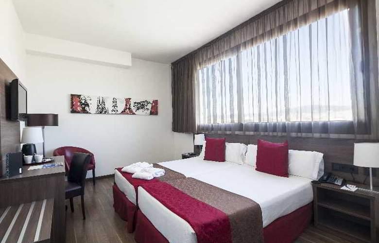 Best 4 Barcelona - Room - 29