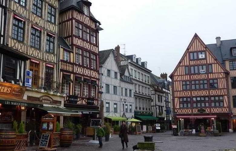 Du Vieux Marche - Hotel - 20