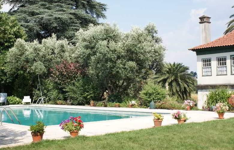 Quinta De S. Caetano - Pool - 17