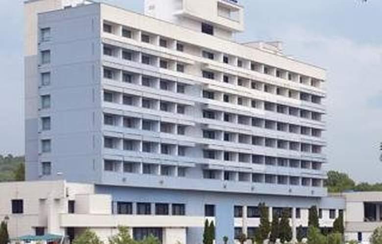 Continental Forum Oradea - Hotel - 0