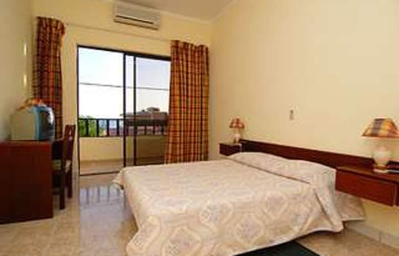 Santa Maria Beach - Room - 0