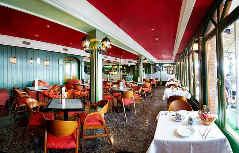 Juan II - Restaurant - 5
