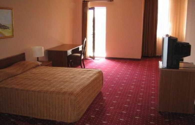 Caspian Palace - Room - 1