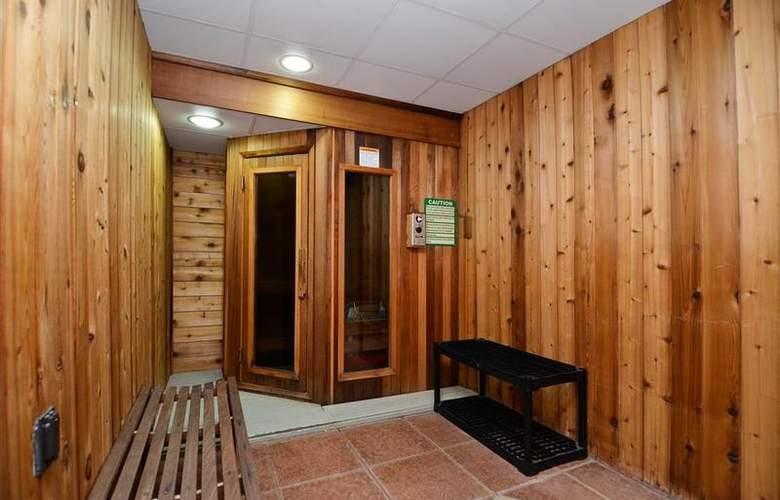 Best Western Plus Concordville Hotel - Sport - 118