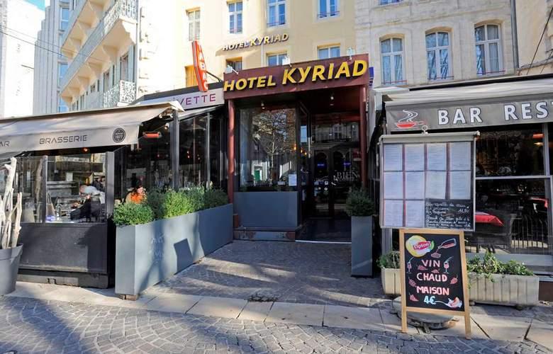 Kyriad Palais Des Papes - Hotel - 5