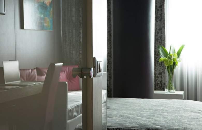 Smart Hotel Rome - Room - 16