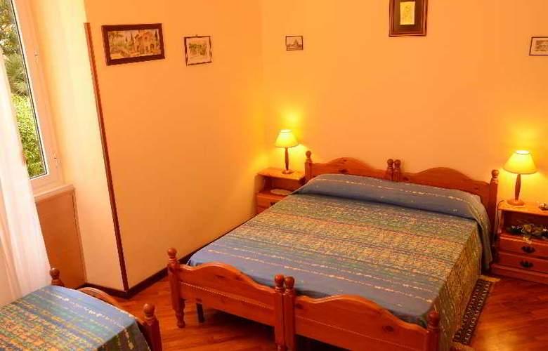 Bb A Vinicius Et Mita - Room - 2