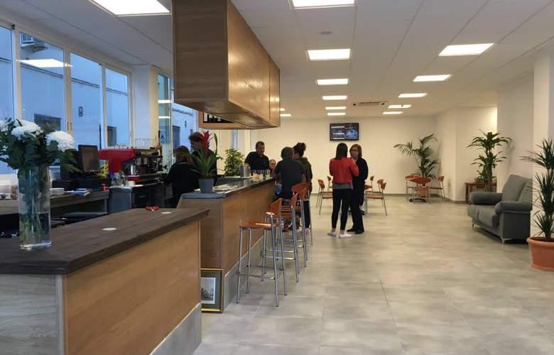 Benidorm City Centre - Bar - 12