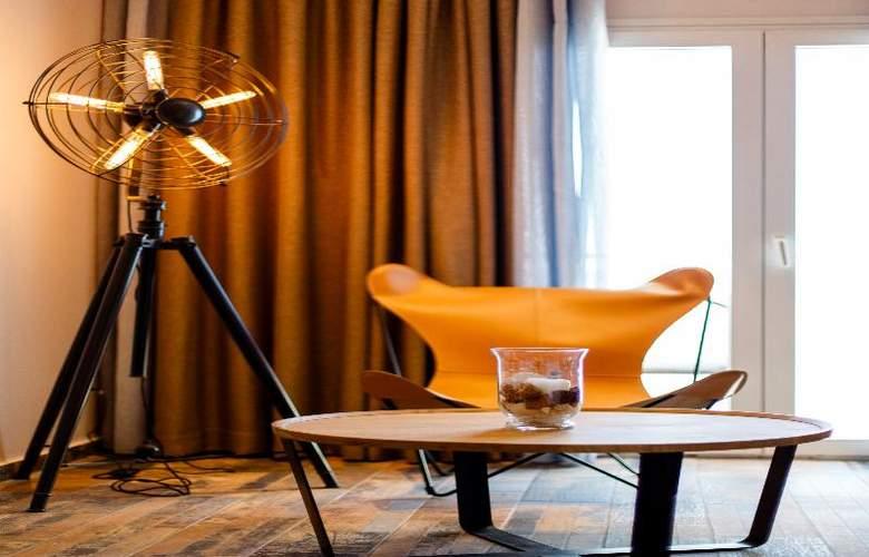 Golden Star Hotel - Room - 15