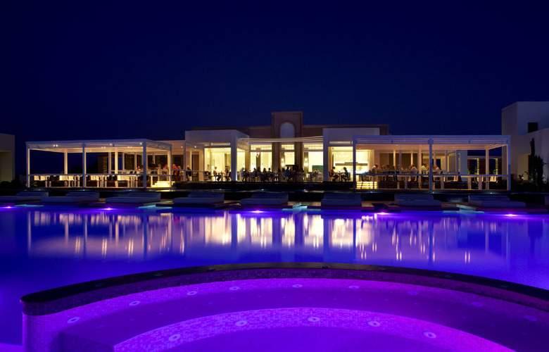 Pelagos Suites Hotel - Hotel - 0