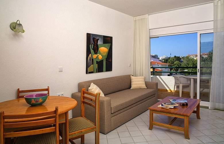 Ourabay Hotel Apartamento - Room - 4