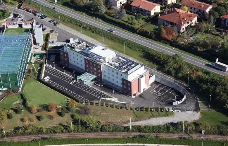 Bes Hotel Bergamo West - Hotel - 0