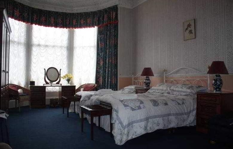 Boisdale Hotel - Room - 0