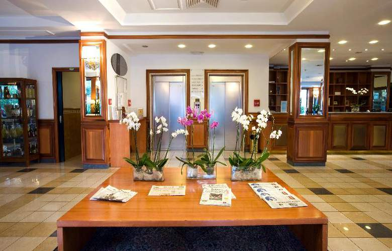 Grand Hotel Tiberio - General - 14