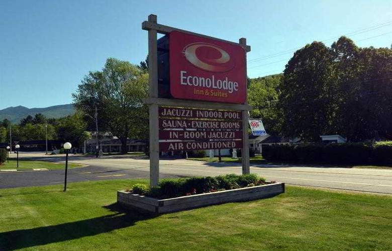 Econo Lodge Inn & Suites - Hotel - 12