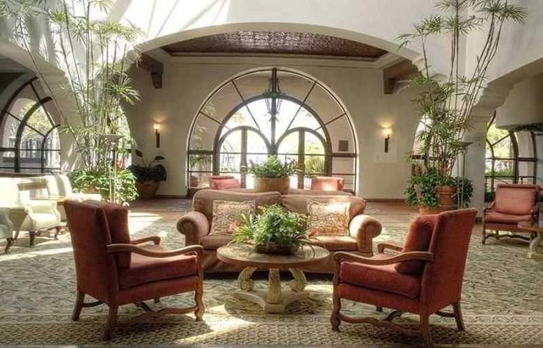 Hilton Santa Barbara Beachfront Resort - Hotel - 13