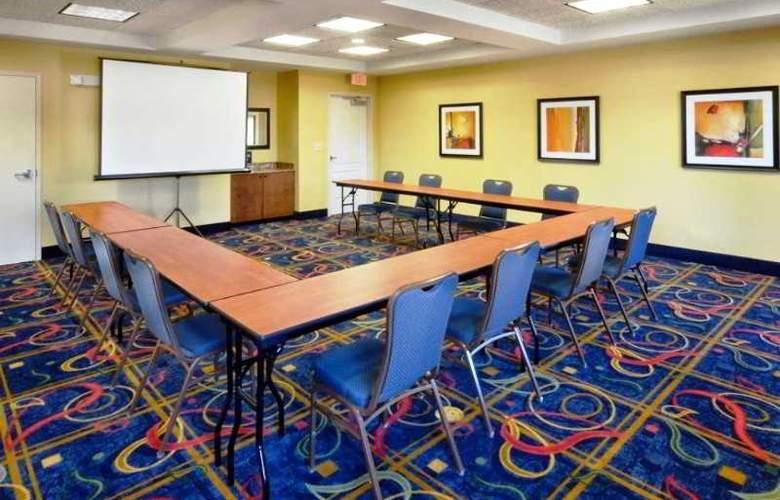Hampton Inn & Suites Huntersville - Conference - 6
