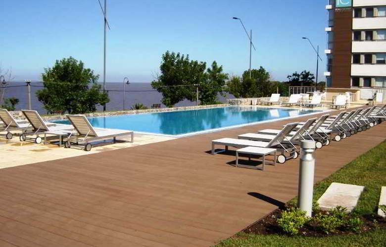 Real Colonia Hotel & Suites - Pool - 37