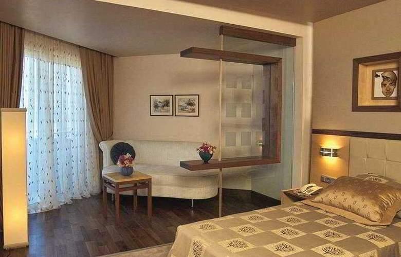 Long Beach Resort - Room - 3
