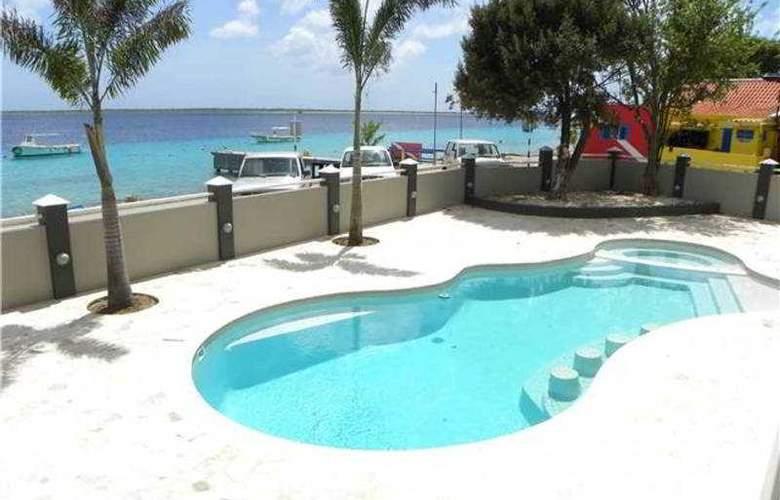 Bonaire Seaside Apartments - Pool - 4