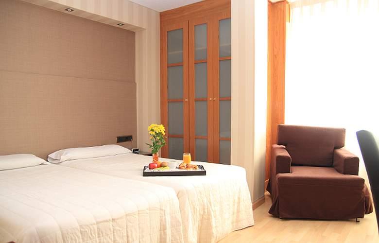 Villa de Barajas - Room - 1