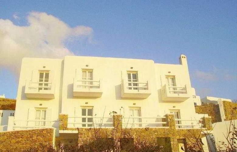 Paolas Beach - Hotel - 0