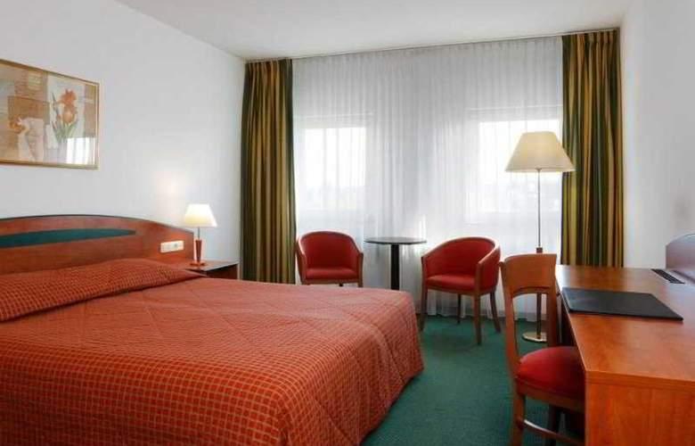 NH Maastricht - Room - 3