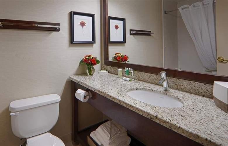 Best Western Plus Denham Inn & Suites - Room - 98