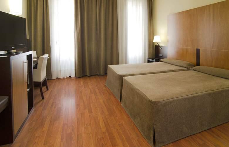 Catalonia El Pilar  - Room - 12