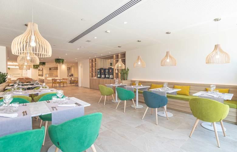 JS PortoColom Suites - Restaurant - 23