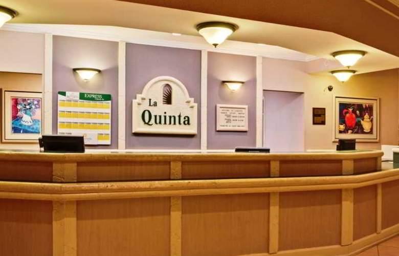 La Quinta Inn - General - 9
