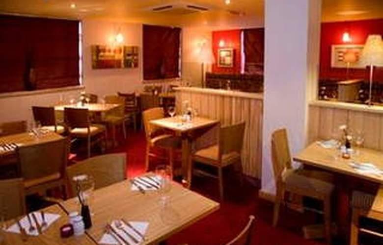 Premier Inn London Hammersmith - Restaurant - 3